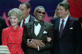 Nancy_Reagan,_Ray_Charles,_Ronald_Reagan